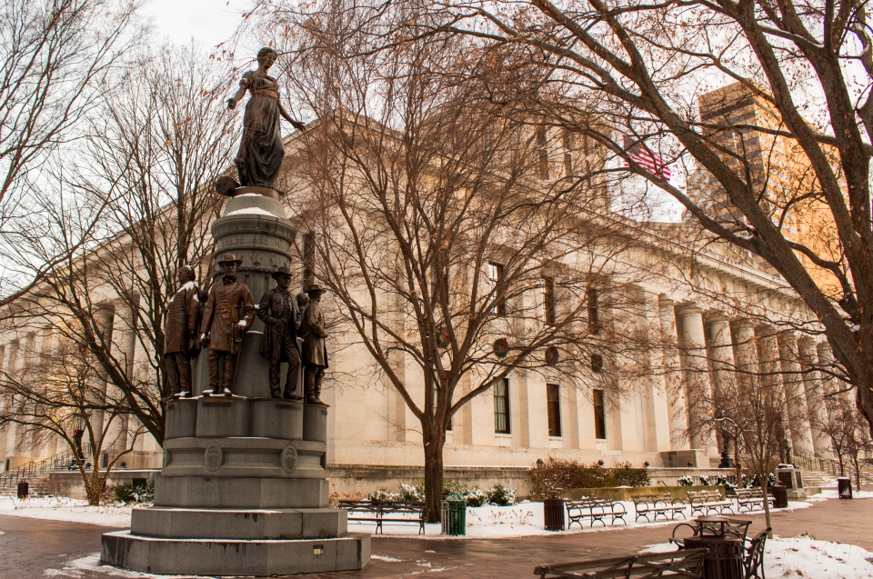 Ohio Statehouse Statue