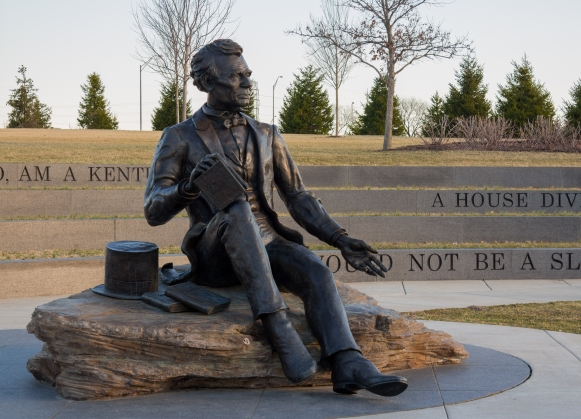 Lincoln Statue Louisville, KY